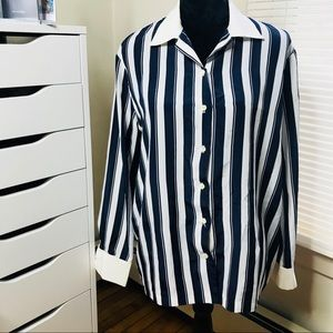 🛥SALE 5 for $25 •Vintage Navy Striped Button Down